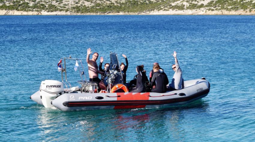 Odjezd na potápěčksou lokalitu, ostrov Pag Chorvatsko (foto: Filip Kříž)